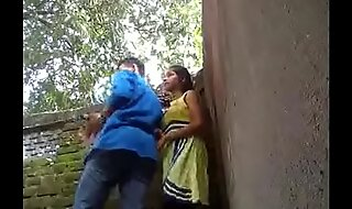 www.mp4mms.in (Mumbai virgin Girl Park Dealings Mms Leaked)
