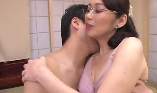 Japanese housewife down glasses gets fucked load of old cobblers deep