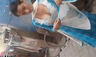 Hot indian coddle sexy boobs jizzed at her doughtiness
